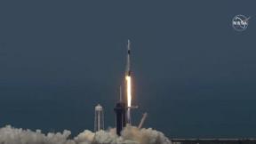 Los astronautas de la NASA despegan con éxito en el espacio en un cohete SpaceX