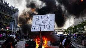 La mayoría cree que BLM empeoró las tensiones raciales, según una nueva encuesta