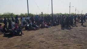 ¡INVASIÓN FRONTERIZA! Más de 2,000 ilegales capturados en la frontera abierta de Joe Biden en 1 DIA