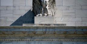 Para salvar el mercado de valores, la Fed amenaza con la destrucción de billones