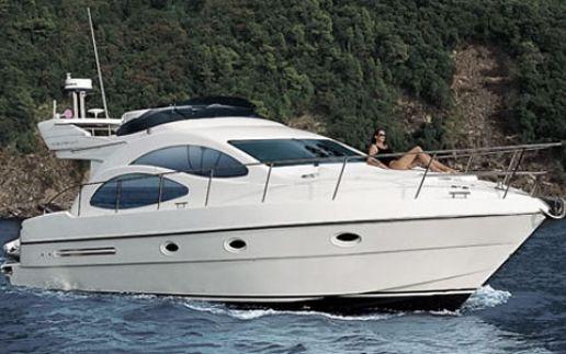 07-Azimut_42_croatia_charter_cruising_3_