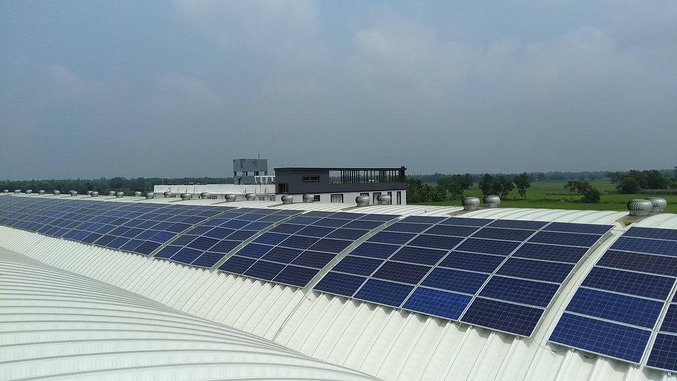 351-kWp-Solar-Power-Plant-by-AlienSolar.