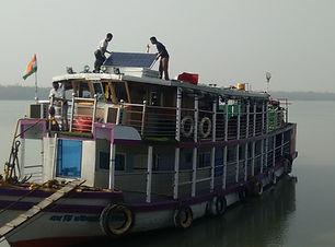 boat-top-solar-sundarban-houseboat.jpg
