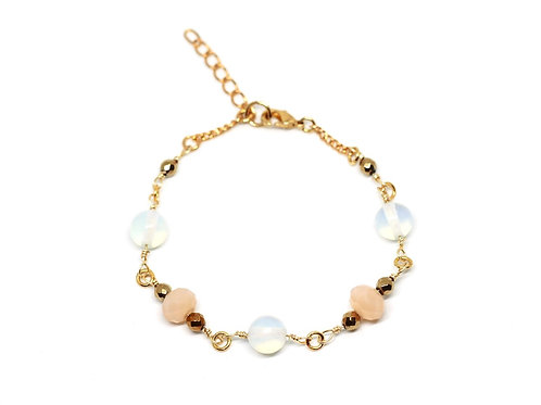 Opalite & Peach Glass Bracelet