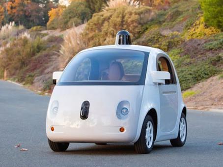 Google'ın Sürücüsüz Otomobilindeki Yapay Zeka Sistemi Yasal Sürücü Statüsünde!