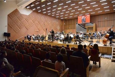 Altındağlı Çocuklar Cumhurbaşkanlığı Senfoni Orkestrası Dinledi