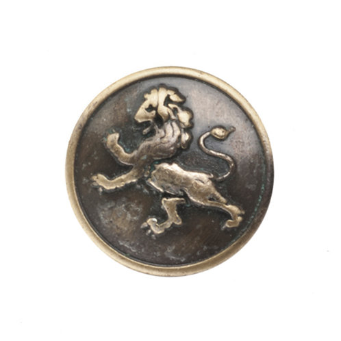 round magnetic pin in antique golden color and a raised dimensional lion design