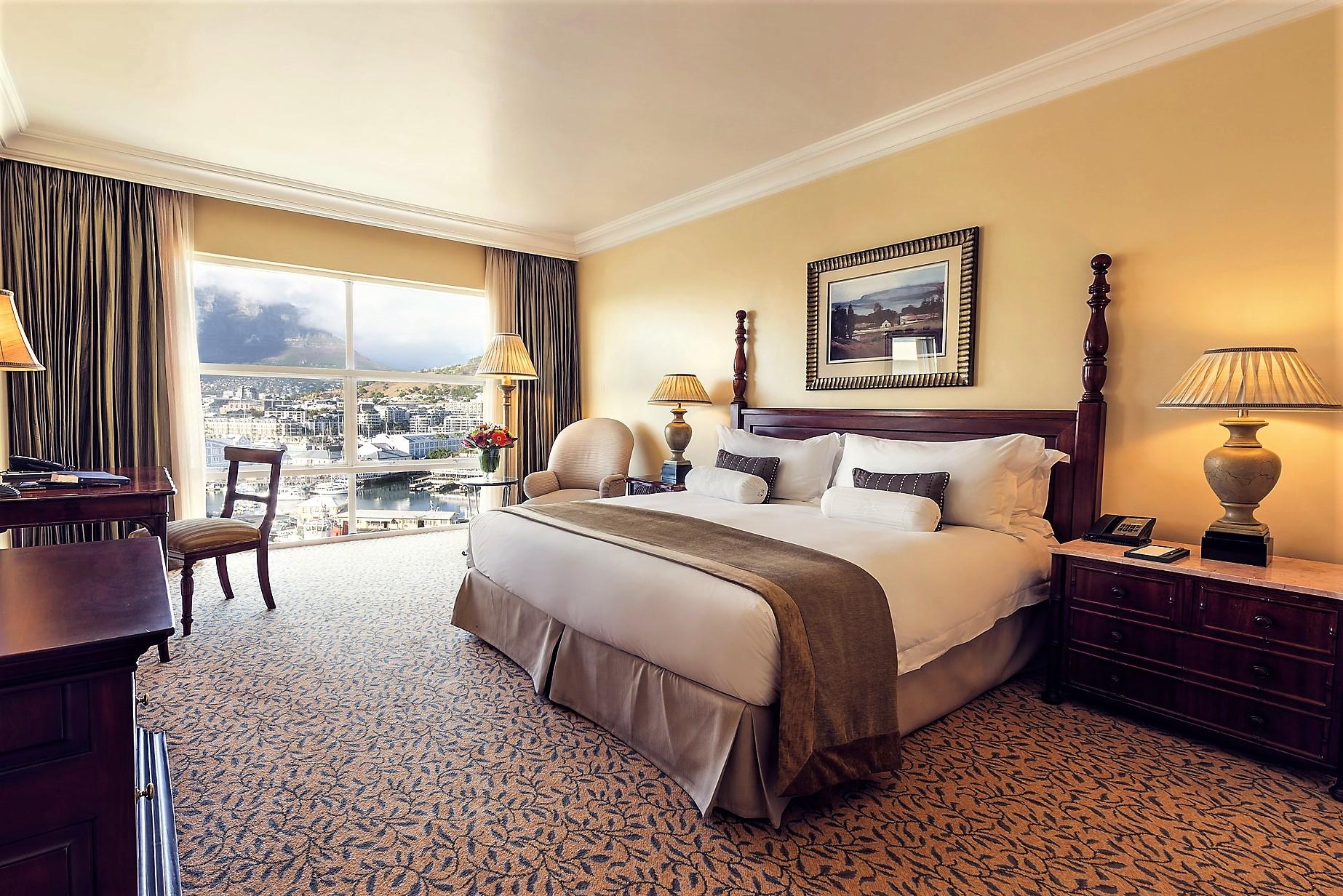 Tabel Bay hotel