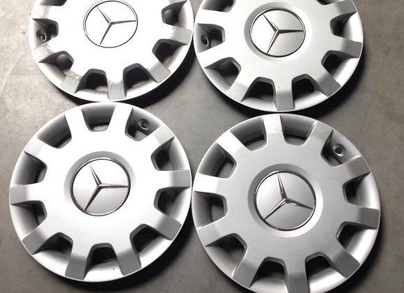 diverse wieldoppen Mercedes