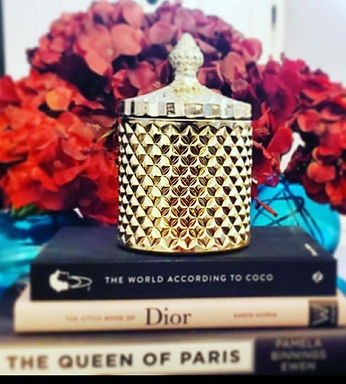 Gold Queen{vessel}