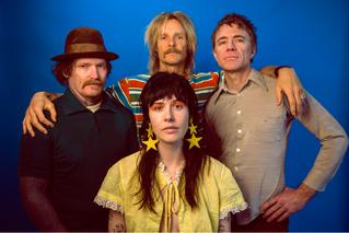 Azkena Rock Festival y Holy Cuervo traen de gira a Surfbort, la banda punk revelación del momento