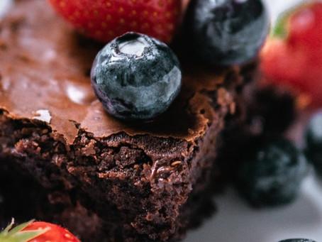 Prepara Brownies al vino tinto en 45 minutos