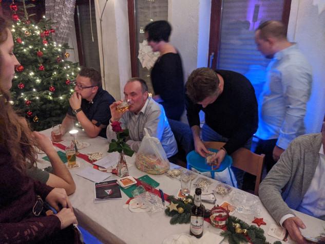 weihnachtsfeier201915.jpg