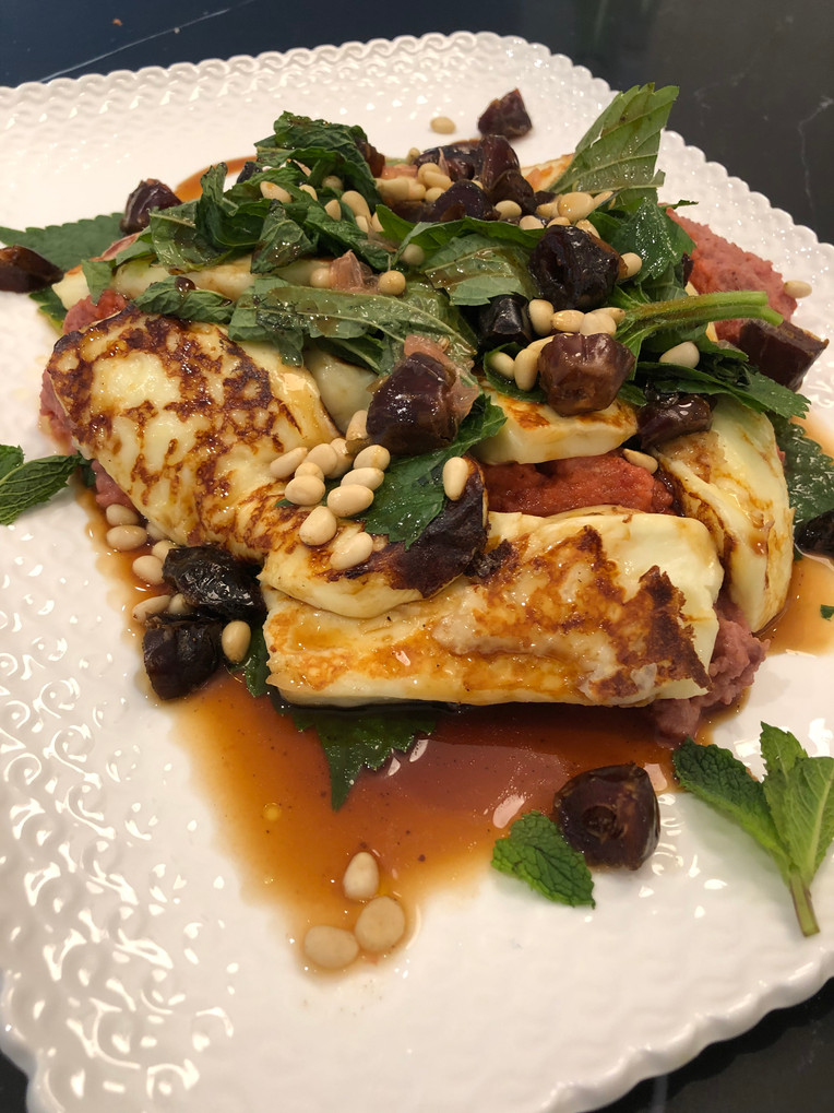 Halloumi salad with dates and mint