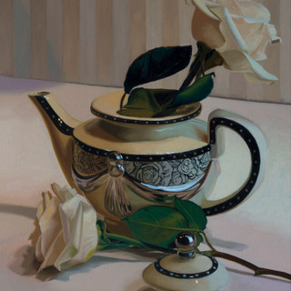 Teapot & White Roses