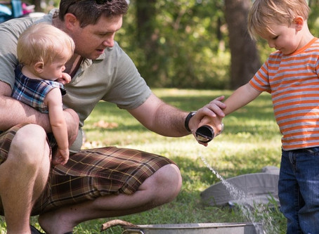 How to Set Up a Summer Schedule That Works For Your Family