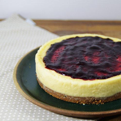 Cheesecake de queijo de cabra c/ calda de frutas vermelhas orgânicas - diam 18cm