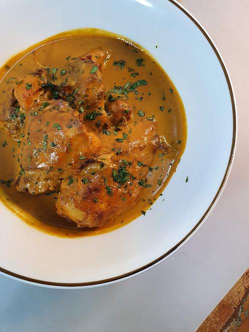 Frango caipira marinado com molho curry caseiro - para finalizar em casa - 800g