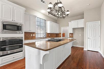 Kitchen_1-2.jpg