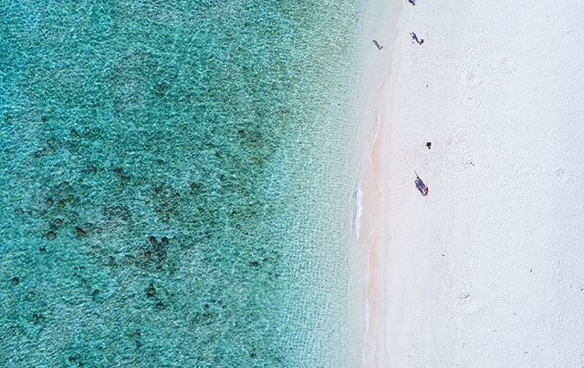 美ら民家から歩いていける_瀬底ビーチ_._国内屈指の透明度で知られる_沖縄本島か