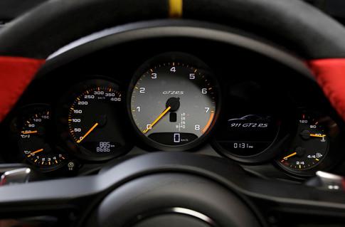 PORSCHE GT2RS-314.jpg