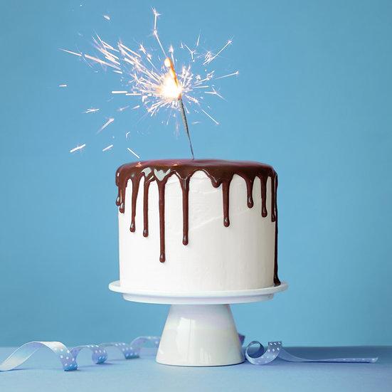 Plain Buttercream Drip Cake
