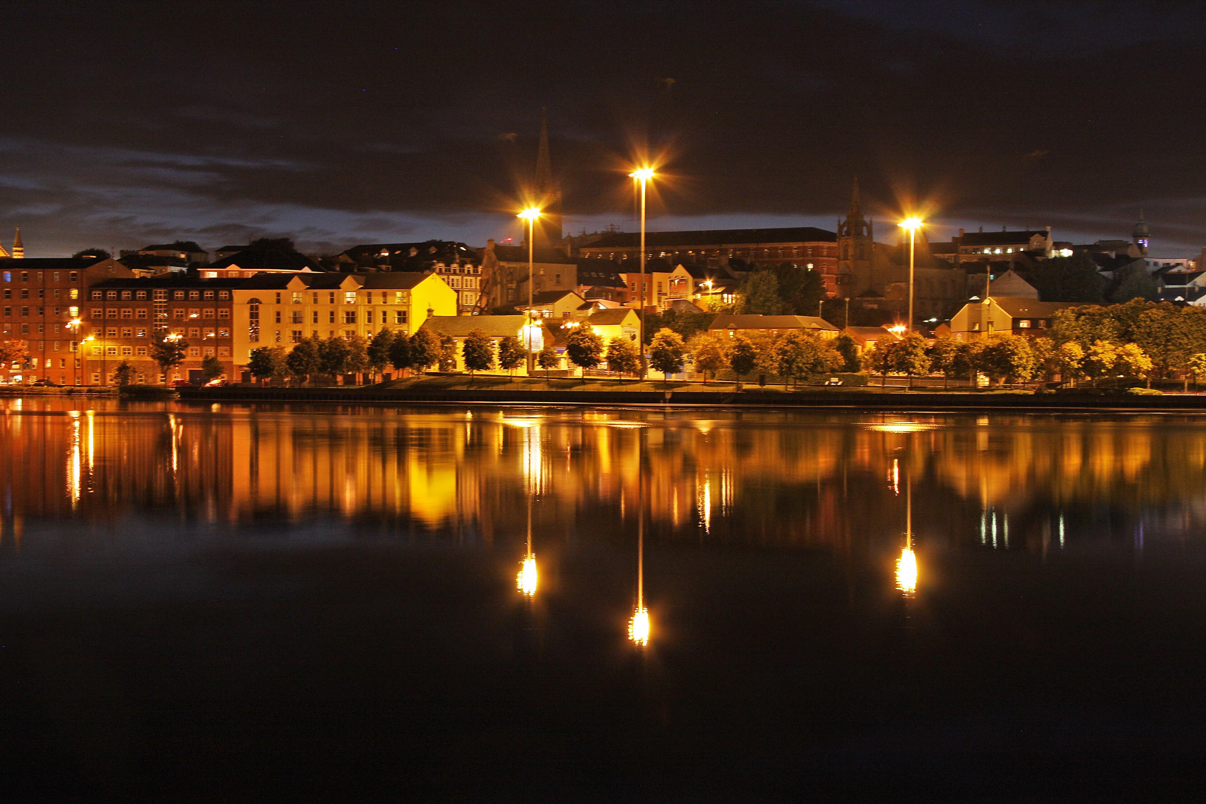 River Foyle, Derry, N Ireland.