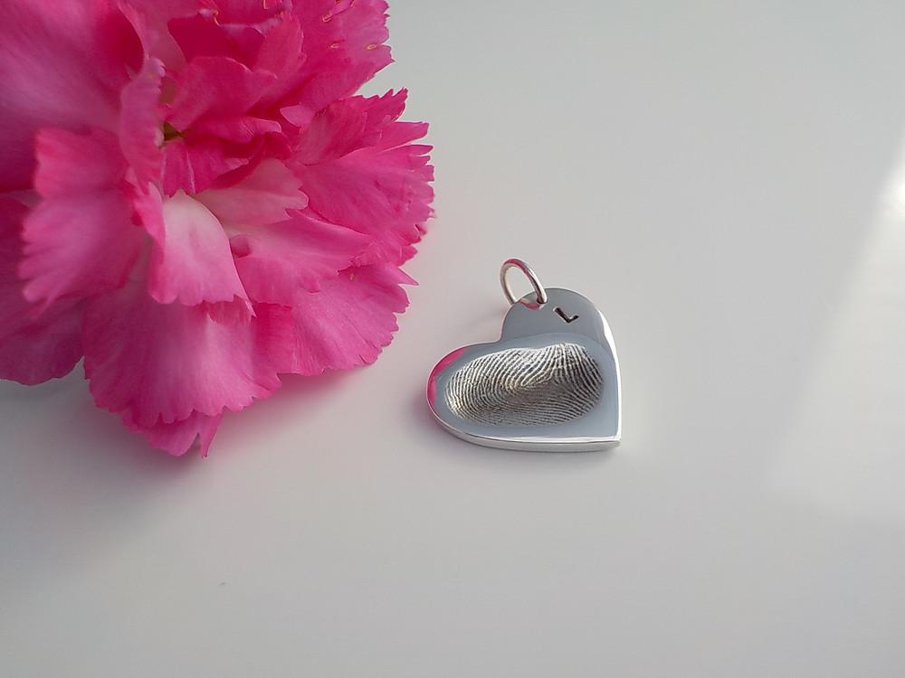Fingerprint Jewellery silver charm www.astepbackintime.co.uk