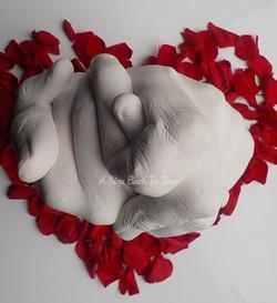 Valentine Hand Clasp Cast