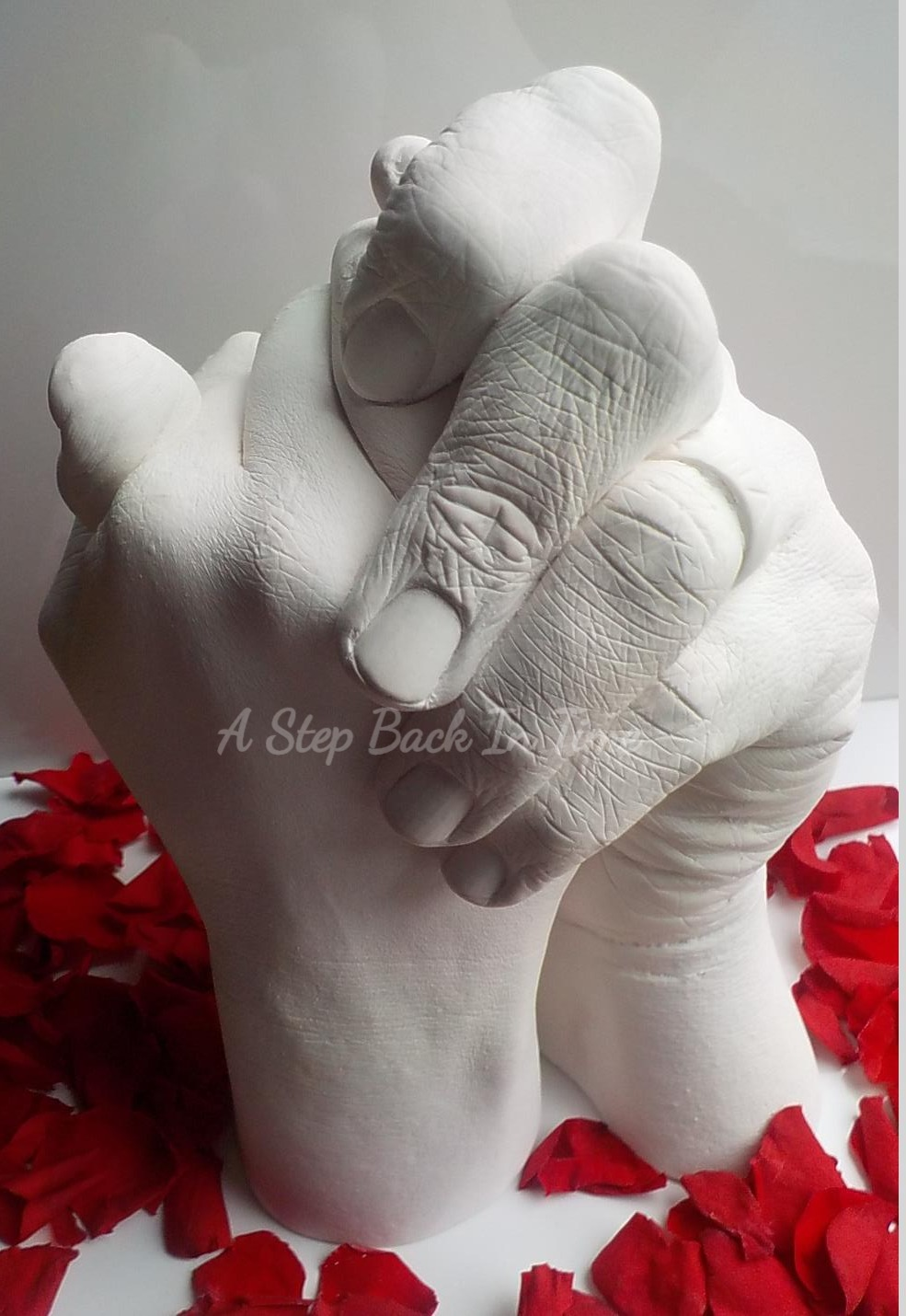 Valentine Hand Clasp Cast