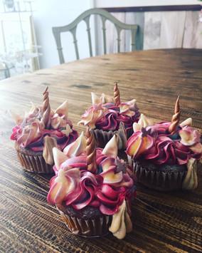 unicorn cupcakes.jpg