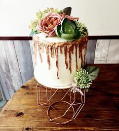 hip cake.jpg
