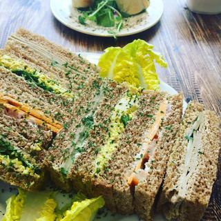 at sandwiches.jpg