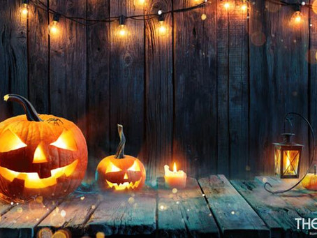 5 Ways to Host a Virtual Trivia Halloween Party
