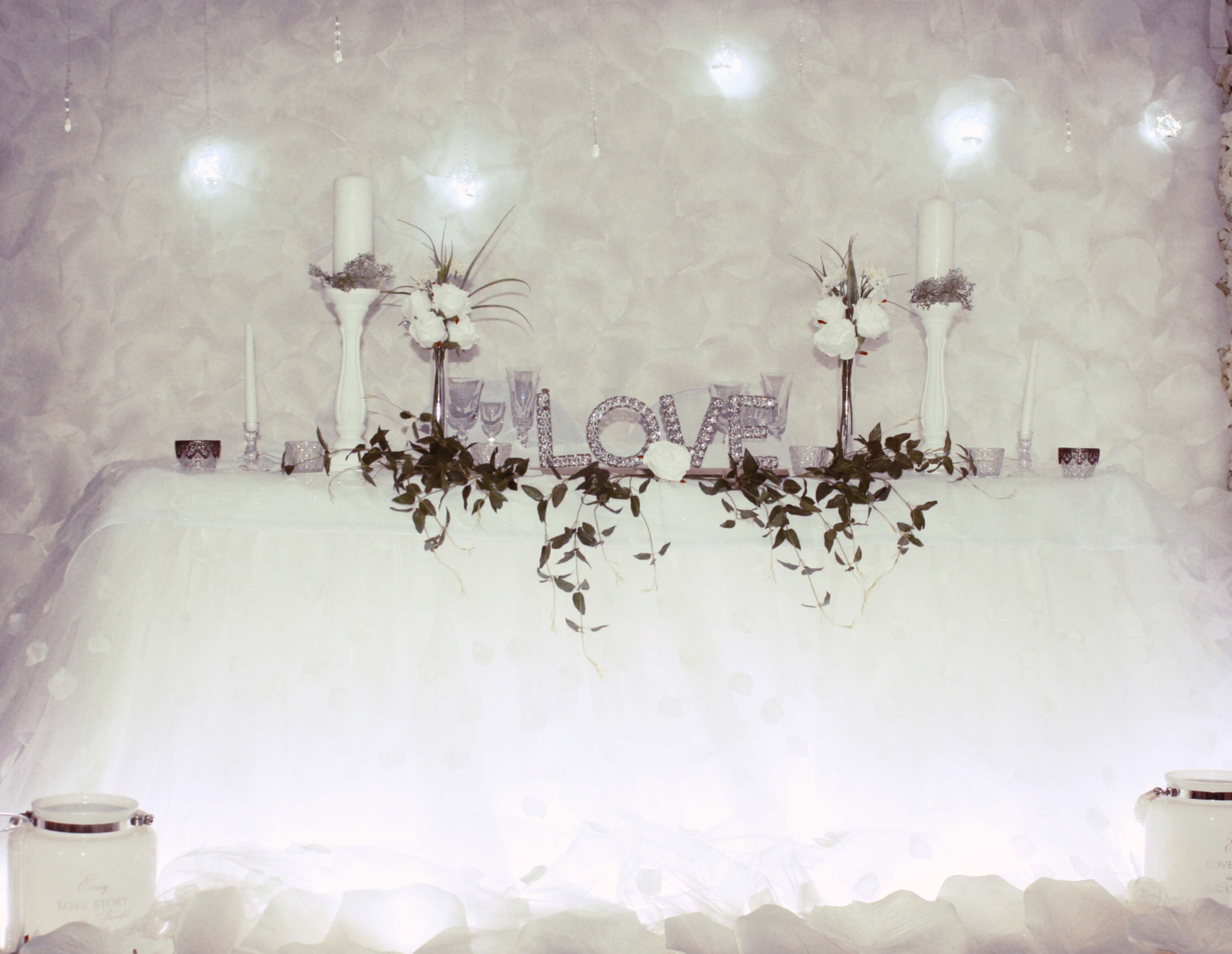 sweetheart table wedding decor for h