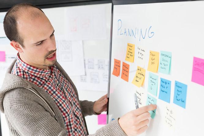 developer-leading-planning-session.jpg