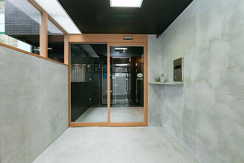 entrance_456.jpg