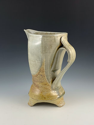 Large 3-Point Pitcher