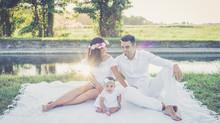 Ritratto di famiglia al tramonto | fotografo famiglia Pavia