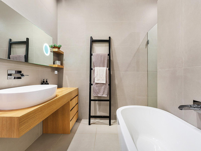 Bathroom | Queens Park House