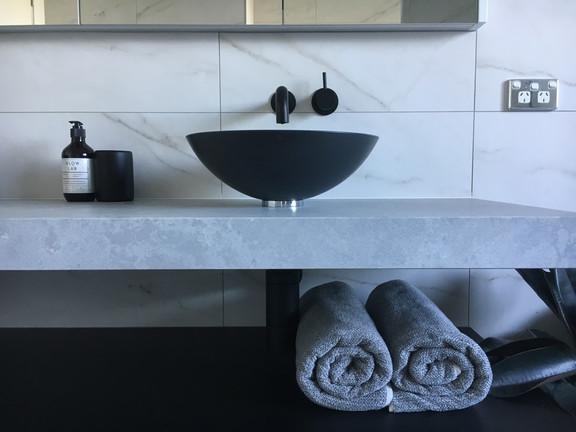 Black & White Timeless Bathroom
