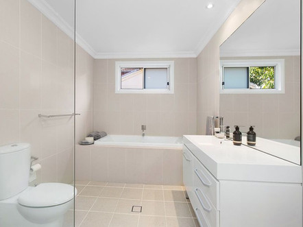 Bronte house - bathroom