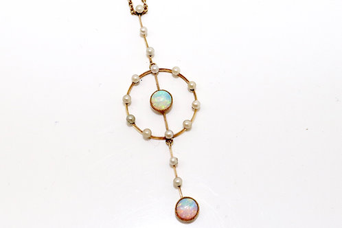 A Stunning Antique Edwardian 15ct Gold Opal & Seed Pearl Dropper Pendant & Chain