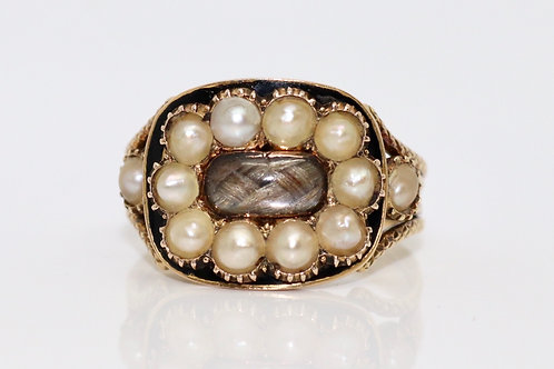 A Fine Antique Georgian C1817 15ct Gold Enamelled Seed Pearl Hair Mourning Ring