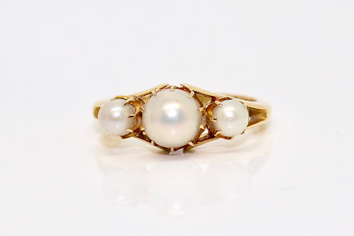 A Fine Antique Edwardian C1910 18ct 750 Yellow Gold Cultured Pearl 3 Stone Ring