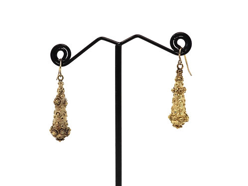A Fine Pair of Antique Georgian 18ct Gold Cannetille Dropper Hook Earrings