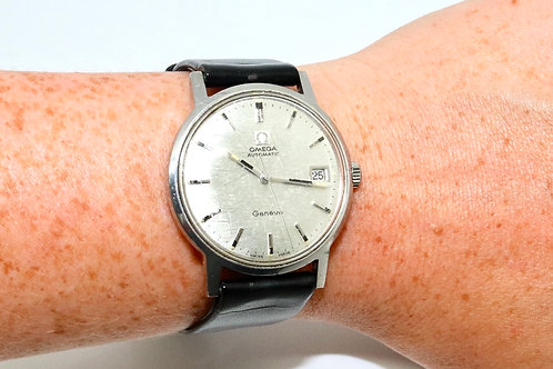 A Nice Vintage C1960's Gent's Steel Omega Geneve Automatic Wristwatch 585 Cal