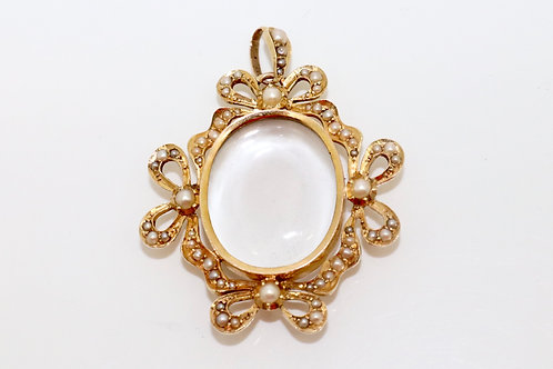 A Fine Antique Edwardian C1905 15ct Yellow Gold Split Pearl Locket Pendant