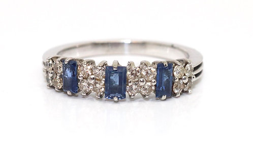A Lovely Vintage 18ct 750 White Gold Diamond & Sapphire Half Eternity Ring