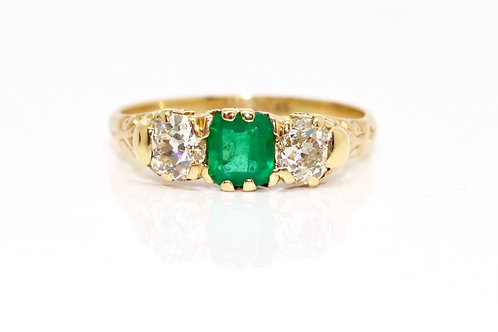 A Great Antique Victorian 18ct Gold 0.60ct Old Cut Diamond & 0.50ct Emerald Ring